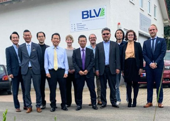 USHIO and BLV EUV teams meet at Steinhöring, Germany